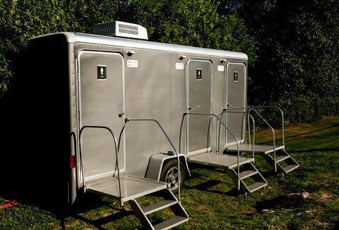 portable restroom rentals for wedding San Diego CA